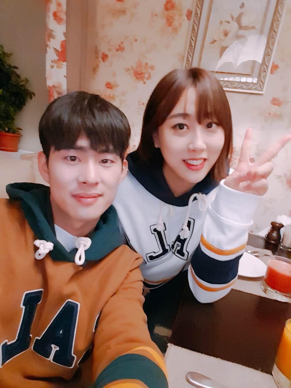 搞笑梗永遠用不完!這對韓國人氣Couple天生自帶諧星魂,看完好想許願一個軟萌系男友啊
