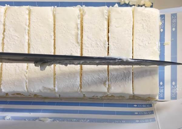 強迫症已被治癒♡精準切分 27 塊「北海道生乳酪蛋糕」方法大公開,連媽媽都服了U