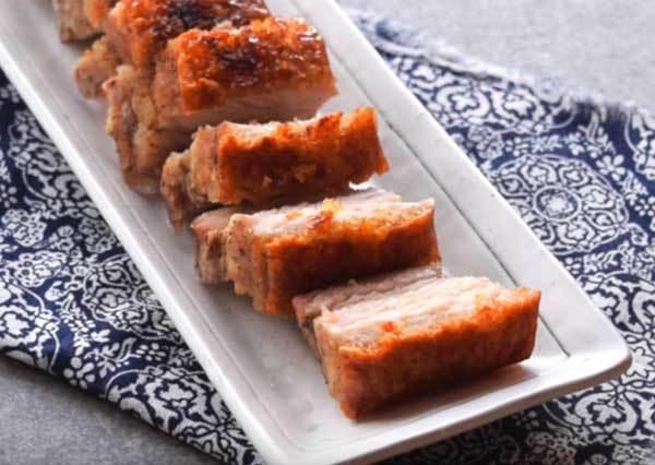 豬肉搭配豬皮的完美演出!自製超美味「脆皮燒肉」烤箱就搞定,就連料理菜鳥也能 0 失敗!