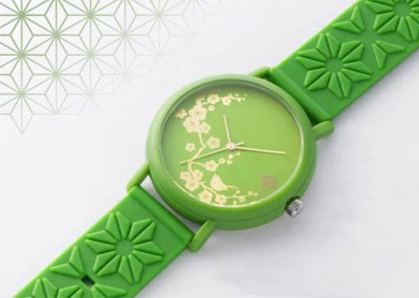 把日本的味道帶回家!3款和風「香氛手錶」錶帶超新奇,讓你隨身散發櫻花香,要被誤會是花仙子啦~