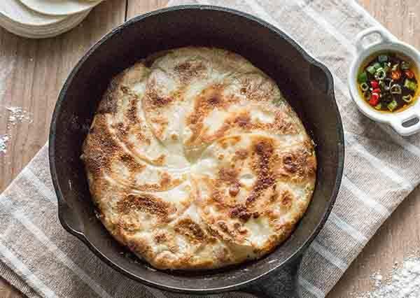 不可思議的省時料理!連皮都不用包就能吃到超美味的雪花煎餃