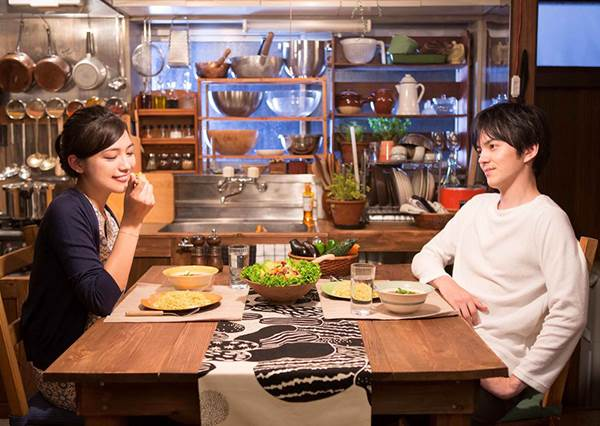 進食順序錯了,會讓你很難瘦?!從飲食改善「腸下垂」體質的兩個關鍵:第一口別吃蔬菜&多喝熱豆漿!