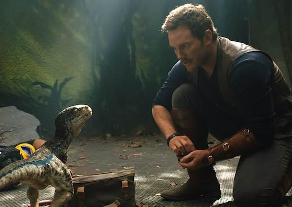 居然還有隱藏版恐龍這回事?!說好的「救龍行動」原來只是個騙局,地球的史前危機即將由此展開