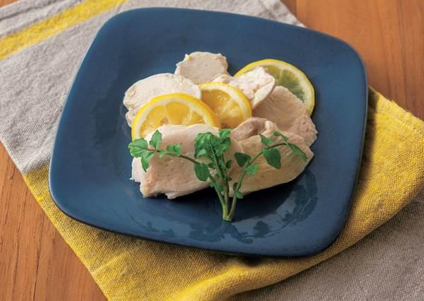 吃得清涼還能瘦!最適合夏天的減重料理「檸檬蒸雞肉」冰著吃更美味,竟然只要3個步驟就能完工!