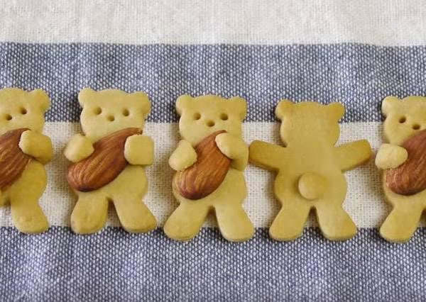 真的「抱緊」處理!甜點專家教你如何做出可愛到犯規的《抱抱熊餅乾》