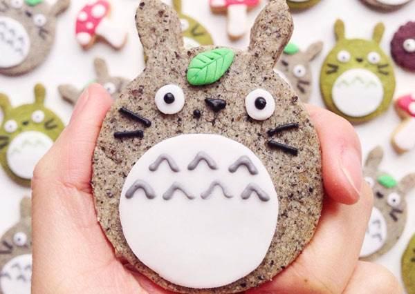 看到這肥嘟嘟肚腩就療癒了啊!超可愛「繽紛系胖龍貓」餅乾大集合,超簡單OREO餅乾在家變出小煤炭蛋糕!