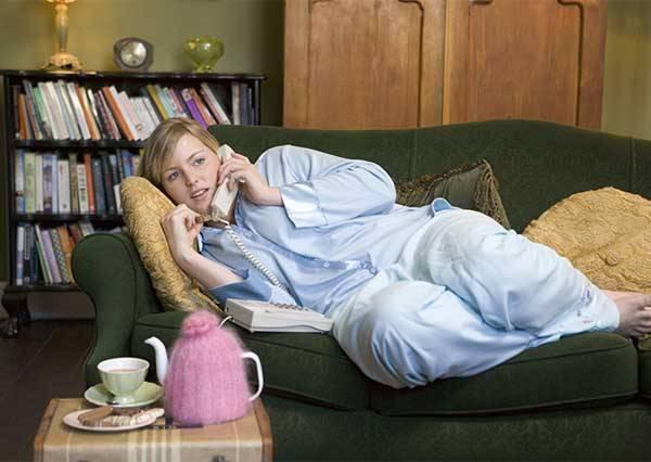 """晚上幾點打睡前電話最OK?才不會讓男生覺得女友""""好麻煩""""!"""