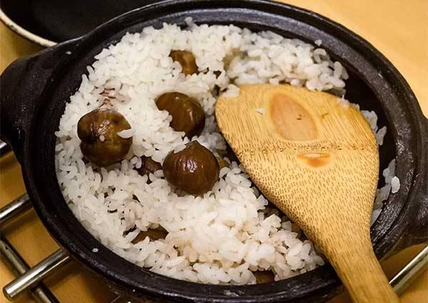 秋季限定!如果想吃到鬆軟的栗子飯,美味訣竅就在第一步!