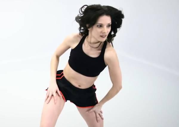 當年這樣就算運動?100秒看完百年健身操變化,突然好想變古人!