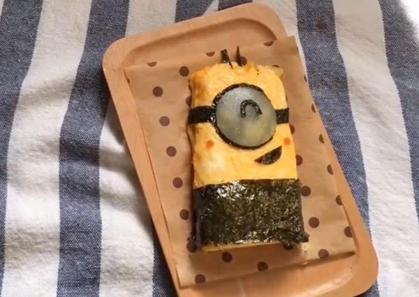 簡單到不行!小小兵玉子燒DIY,5分鐘就能GET療癒系早餐!