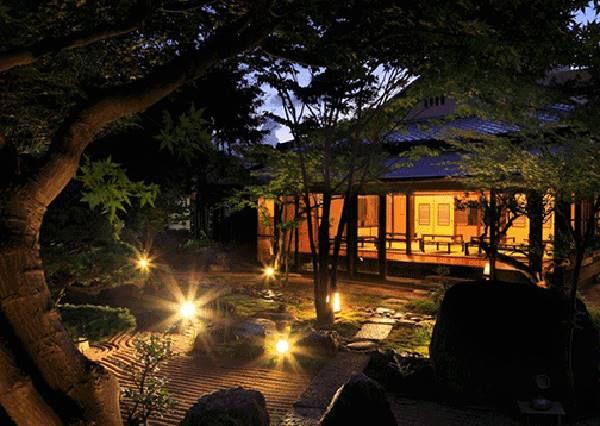 日本泡溫泉不用跑遠遠,東京都心內就有和風滿溢的天然溫泉!