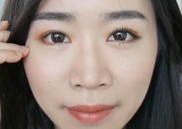 就要這樣自然美!新手入門必學「美妝小心機」簡單畫,眼睛瞬間放大2倍!