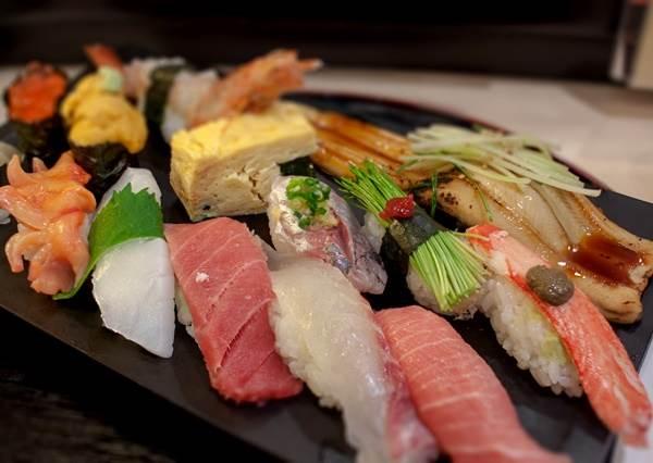 一年四季都不會踩雷!各種生魚片壽司的「最佳賞味月份」報你知,到年底根本是超精華時段啊!