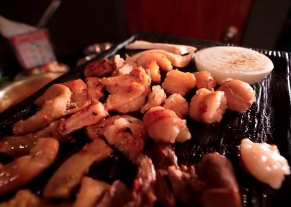 保證銷魂!韓國人氣烤腸店 大腸烤盤滋滋響口感超Q彈