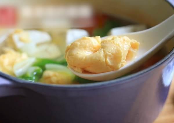 青菜豆腐蛋花湯簡單好上手! 2分鐘學會幸福的家常美味