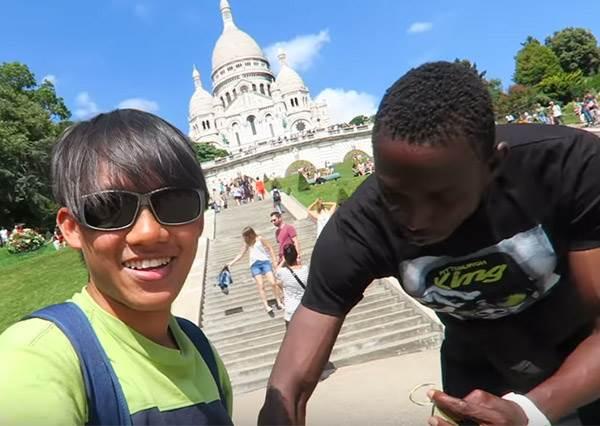 出國旅遊請注意!巴黎街頭「常見3種騙術」全都錄,路上強戴幸運手環就要你付錢?!