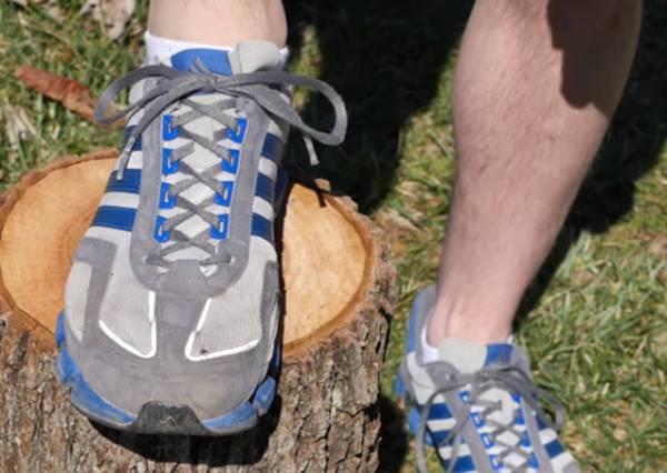 如果你覺得球鞋最後一個孔沒有用,原來你以前都在虐待自己的腳!