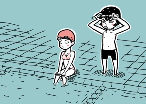 女友在池畔嬌滴滴的說:「我不會游泳...」這時男生應該怎麼回答才得分?