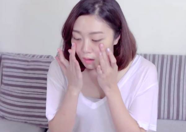 老是被提醒要早點睡?「天生黑眼圈的煩惱」,不要再問我是不是眼妝沒卸乾淨了啦!