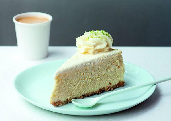 怕起司蛋糕太濃郁會膩?其實只要灑上一點㊙㊙就能中合甜度喔