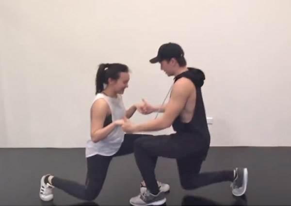 一起吃一起胖一起動!情侶必學6招雙人健身法,讓運動成為感情的潤滑劑!