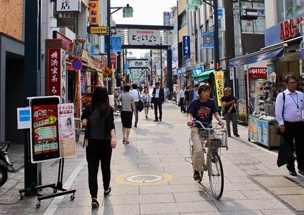 豐富到包辦人的一生!?日本關東「最長商店街」走到腿軟也逛不完,不管3C控或文青風都能挖到寶!