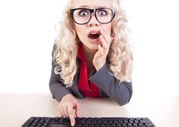 神奇!「站」著打電腦居然可以解疲勞,還能改善肩頸痠痛的毛病