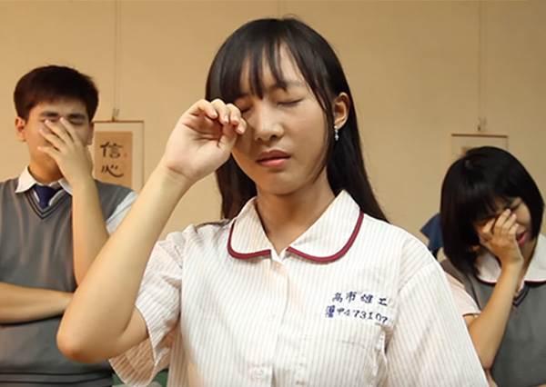 都在讀自己不愛的科目?!高中生VS大學生「比慘大賽」超心酸,其實最苦的一群人是他們啊!