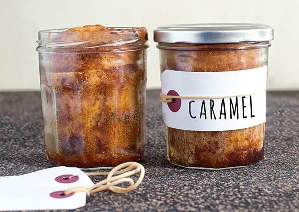 有玻璃罐就搞定一半!料理障礙也能3步驟完成「焦糖大理石蛋糕」,焦糖漸層讓人端上桌就想秒殺!