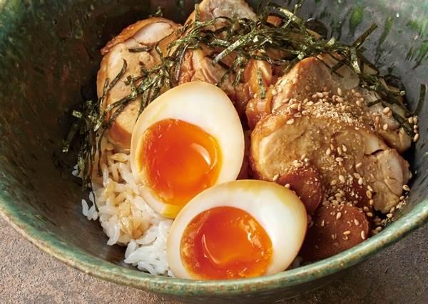 美味關鍵就藏在對的醃料!這份「雞肉叉燒丼」食譜根本零廚藝救星,學會就可以去開店賣啦!