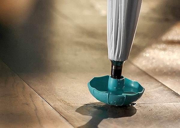 生活智慧王94NI?神奇小配件幫你雨水通通收好收滿,進到室內不怕地板溼答答!