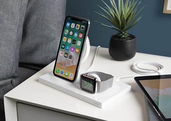 手機沒電又沒帶行充?繼續「用這個APP」只會讓電量直直掉,連亮度也要嚴格控管啊~