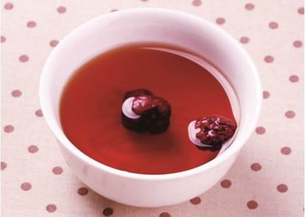 經期一來總是煎熬到不行?簡單用3樣材料煮碗甜湯來喝,就能補氣順便舒緩全身上下的不適感!