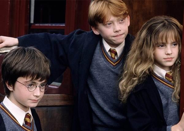巫師也能兼職當網紅?!9個《哈利波特》在現代會發生的事:在密室裡面絕對要打卡發IG啊~
