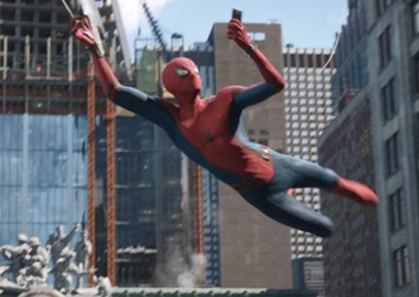 就要你猜不透!鐵粉也霧煞煞的《蜘蛛人:離家日》預告細節,薩諾斯還沒GG又有新反派?!