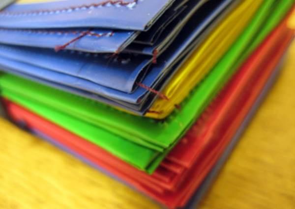 黃色竟然是大地雷?占卜師教你挑對「錢包顏色」把財運Level Up:選綠色的還能順便求人氣?!