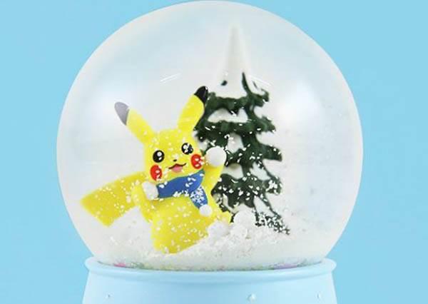 妙蛙種子根本是在演冬季戀歌!「寶可夢雪花水晶球」浪漫上市,今年的情人節禮物就是它了!