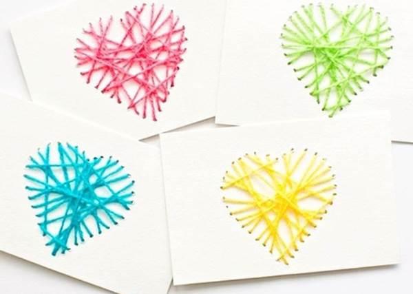 情人節表心意,手做卡片會加分!但玫瑰花永遠是王道!男孩們請務必畫對重點XD