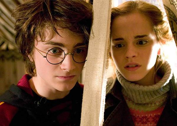 魔法世界的《我可能不會愛你》!羅琳坦承「哈利&妙麗才是完美CP」,榮恩原本差點被判出局?!