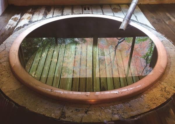 抓住冬天尾巴趕快衝一波!日本「溫泉成分&代表地」全指南,想泡出一身美人肌就選這種泉水!