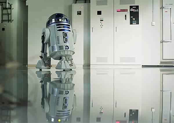 【AQUA推出星際大戰 R2-D2 移動式小冰箱】完全就像是私人小管家啊~啤酒拿來!