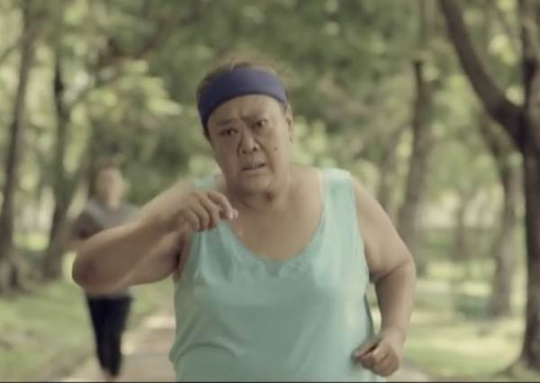 老媽媽突然逼自己一定要減掉20KG,不是因為漂亮也不是健康,她這麼做的原因...!?