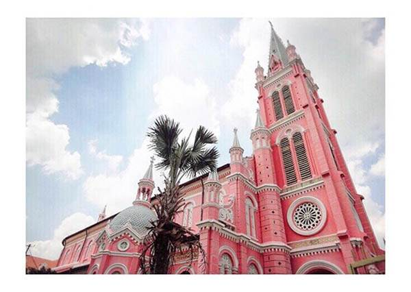 【超少女心的粉紅教堂,絕對是女孩們的結婚首選地點!】竟然就在亞洲!買機票就直接飛去啦~