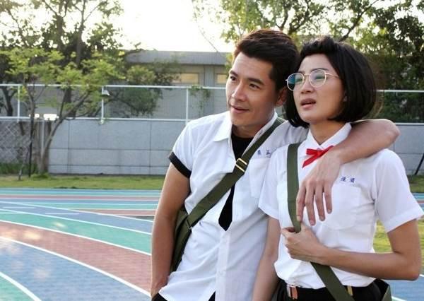 零違和!穿上制服依舊青春少男少女時代的戲劇主角們!