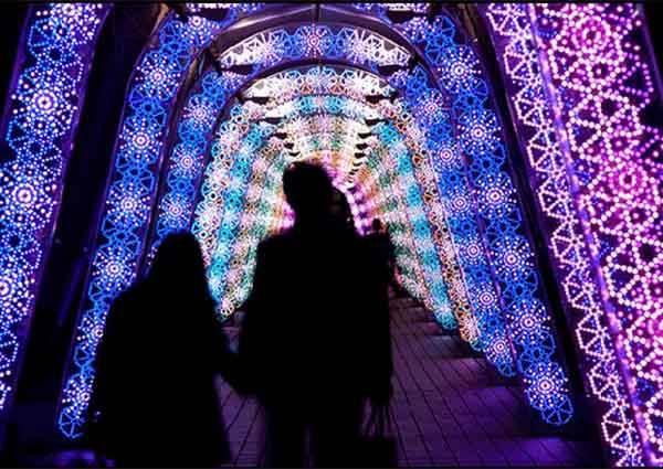 情侶必去!號稱有幸福傳說的燈飾步道,牽手走一圈~就能換來好幾年的熱戀啊!