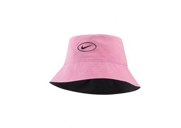 今年夏季必備:Nike 推出這一頂雙色漁夫帽,為何會瞬間成為討論焦點?