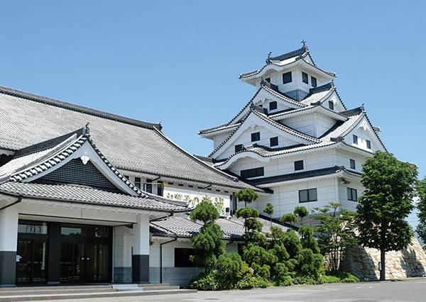 內行人才懂!日本鳥取縣「必去7大秘境」,山景海景一次GET還有百萬級夕陽啊~