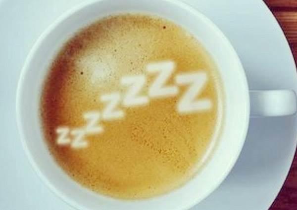愛睏時你選擇喝咖啡還是打盹? 沒想到最有效的方法居然是...!