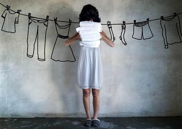 長袖衣服這樣摺就不會變皺!看完簡易版教學,再也不用拿熨斗燙平了(方便)