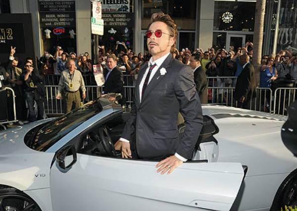最動人場景就是在王子下馬車那一幕?!韓國熱搜關鍵「車門男」你追上了嗎?